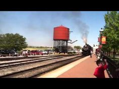 Strasburg Railroad Lancaster PA: Train Pulling In