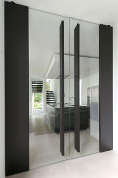 Modern Entrance, Entrance Doors, Aluminium Glass Door, Door Design, House Design, Door Signage, Tempered Glass Door, Office Space Design, Luxury Homes Dream Houses