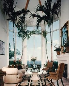 37 Inspiring Tree Interior Design Ideas - We humans evolved surrounded by plants, no wonder we find them so easy on the eye. No home or office interior is complete without at least a few plant. Home Design Decor, Interior Design Inspiration, House Design, Design Ideas, Design Interiors, Design Projects, Tree Interior, Apartment Interior Design, Interior Staircase