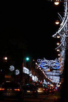 Arcada de luz, vista de la 2 Norte y 18 Oriente Centro Histórico, Puebla, Mex. Foto por KiraBrilla