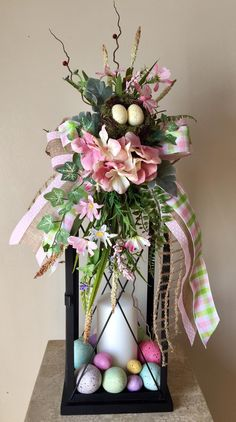 Signs of spring pink green decorative spring easter floral lantern swag tabletop arrangement diy easter decorations ideas that are happy hopeful Easter Flower Arrangements, Easter Flowers, Floral Arrangement, Spring Crafts, Holiday Crafts, Diy Osterschmuck, Fleurs Diy, Diy Ostern, Diy Easter Decorations