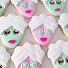 Cutest Bachelorette Party Cookies