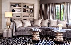 Khloe Kardashian Home Decor. Do you have a passion for elegant high-end interior design? Can you imagine the divine design and luxury comfort of beautifu Best Interior, Home Interior Design, Mansion Interior, Casa Kardashian, Kardashian Jenner, Khloe Kardashian Bedroom, Kris Jenner House, Kris Jenner Bedroom, Jeff Andrews Design