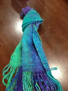 Weaving 101 {noro scarf} ❤ Sundays, September 22 & 29, 9am-12pm Instructor: BJ Lester $60, pattern included Learn to weave while creating a beautiful scarf with Noro yarn. Bring: 2 skeins of Noro Silk Garden, loom with #8 dent heddle (bring your own or rent one)