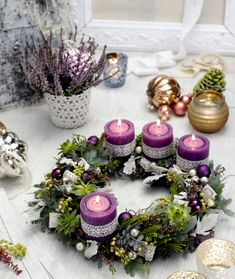 "Képtalálat a következőre: ""adventi koszorú - New Ideas Christmas Advent Wreath, Christmas Candles, Outdoor Christmas, Christmas Time, Wedding Stage Decorations, Christmas Table Decorations, Wreaths For Sale, Diy Weihnachten, Diy And Crafts"