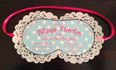 Or a {no} sleep over pj party! Or a {no} sleep over pj party! Girl Spa Party, Pj Party, Party Time, Movie Party, Sleepover Invitations, Party Invitations, Kids Party Themes, Party Ideas, Sleepover Birthday Parties