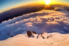 If you're looking for any gear to gain some views like this one you know where to go for all the great Memorial Day sales! We're here for you and open late! . . . : @adventurejunky #mthood #sunrise #epic #volcano #panorama #pnwonderland #upperleft #traveloregon #exploregon #oregonexplored #oregon #portland #pnw #pnwisbeautiful #usoutdoor #snowwaterland