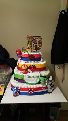 Super hero diaper cake! Marvel Baby Shower, Superhero Baby Shower, Boy Baby Shower Themes, Baby Shower Gender Reveal, Boy Shower, Baby Shower Gift Basket, Baby Shower Diapers, Baby Shower Cakes, Baby Shower Gifts
