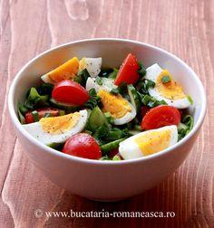 Salata cu legume si ou Appetizer Recipes, Salad Recipes, Appetizers, Romanian Food, Caprese Salad, Salads, Foods, Meals, Desserts