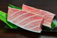 Beginning in late May, Okinawa enters its best season for maguro (tuna). At GUSUKU, chefs share tuna sourced from local waters through a special summer menu.