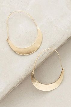 Thick Gold Hoop Earrings - bold large gold hoop earrings/ statement Hoops/ statement earrings/ classic gold hoops/ gifts for women - Fine Jewelry Ideas Gold Jewelry, Jewelry Box, Jewelry Accessories, Fine Jewelry, Jewelry Design, Women Jewelry, Fashion Jewelry, Jewelry Making, Jewelry Armoire