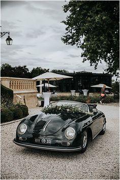 a super cool wedding Porsche 356 speedster Porsche 356 Speedster, Porsche 911, Porsche Sports Car, French Wedding Style, Drag Racing, F1 Racing, Vintage Cars, Vintage Porsche, Home