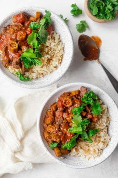 This Okra Stew is a hearty Lebanese style recipe with robust flavors of stewed tomatoes, cilantro, garlic and sauteed onions - the whole family will enjoy! | Okra Recipes | Mediterranean Recipes | Beef Stew | #beef #okra #stew #feelgoodfoodie Okra Recipes, Crockpot Recipes, Cooking Recipes, Vegan Recipes, Tomato Beef Stew, Okra Stew, Stewed Tomatoes, Health Dinner, Ramadan Recipes