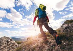 Vi bor i ett land som har en fantastisk natur og det og gå på tur, enten den er liten eller stor. Er noe de fleste av oss setter stor pris på, og det er en stor del av den Norske kulturen. Hvorfor ikke legge opp til en flott tur med hele utdrikningslaget. Trekking, Landing Pages That Convert, Camping Sauvage, Mountain Photos, Kayak, Walking Alone, Sea Level, E Commerce, Plein Air