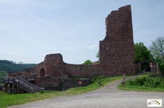 Château de Lutzelbourg (vers Saverne - Phalsbourg)