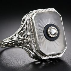 File:Art Deco Frosted Glass Diamond Ring.jpg