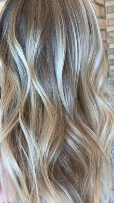 Short Hair Makeup, Blonde Hair Makeup, Blonde Hair Looks, Blonde Hair With Highlights, Brown Blonde Hair, Blonde Balayage On Brown Hair, Toning Blonde Hair, Toner For Blonde Hair, Blonde Foils
