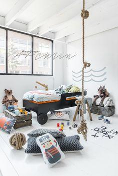 Dormitorio infantil con temática pirata