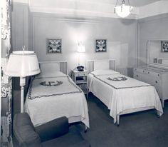 Pantlind Hotel room interior - c. 1950