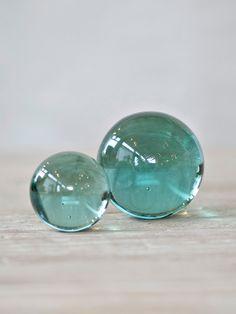 AQUA DECORATIVE GLASS MARBLES