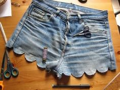 A creative cut-off! DIY scallop denim shorts.