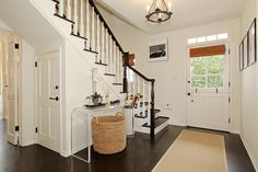 Love the cottage entry of Giuliana and Bill's House in LA