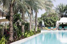 Annalaurakummer.com Anna-Laura Kummer in Dubai by the pool, Per Aquum