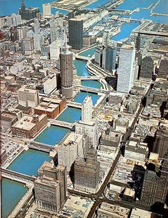 Historic Chicago - SkyscraperPage Forum Visit Chicago, Chicago Usa, Chicago City, Chicago Skyline, Chicago Illinois, Chicago Photography, City Photography, Marina City, My Kind Of Town