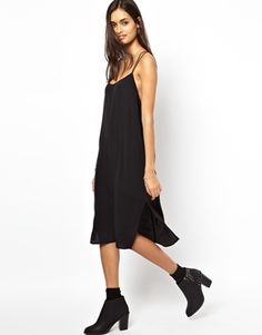 I just want to wear barely there dresses all the time. This one from @Motel Rocks would be a great addition.
