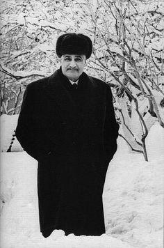 President Of Egypt, Gamal Abdel Nasser, Pyramids Egypt, Saddam Hussein, Jamel, Islamic Art Calligraphy, Egyptians, Ancient Egypt, Presidents