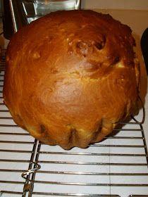 W mojej kuchni: Puszysta baba wielkanocna wg Aleex Muffin, Bread, Breakfast, Food, Cooking Recipes, Morning Coffee, Brot, Essen, Muffins
