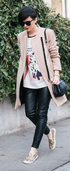 Comentário Fernanda Fuscaldo: Look lindo e confortável para viagem para o frio.