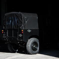 Land Rover Defender in Black Currently #CoolNVintage #LandRover