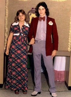 Ellen DeGeneres At The Prom. That dress is awesome.