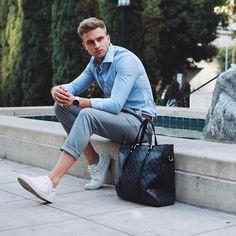 Daily Fashion, Boy Fashion, Fashion Models, Fashion Looks, Mens Fashion, Fashion Outfits, Fashion Tips, Grey Chinos, Outfits