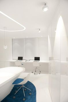 When not used as a conference/interview room, the space can accommodate staff and doctors for research and patient updates. Embryo Clinic Assisted Reproduction unit (Thessaloniki, Greece). Photo: Giorgio Papadopoulos.