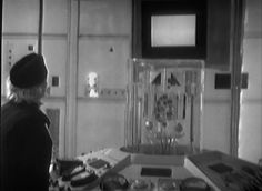 Doctor Who - 1x01 An Unearthly Child. The first travel begins.