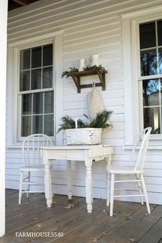 FARMHOUSE 5540: It's Beginning To Look A Lot Like Christmas