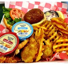 Maryland folks love seafood @Phillip's Seafood Express