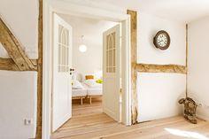 #Ferienhaus Altes Schifferhaus auf Fischland Darß Design Hotel, Aarhus, Baltic Sea, Cool Pictures, Travel Destinations, Places To Go, Vacation, Holiday Decor, Inspiration