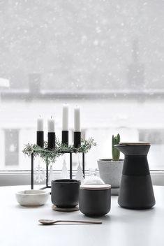 Design | ombiaiinterijeri Modern Candles, By Lassen, Advent Candles, Christmas Interiors, Homemade Marshmallows, Christmas Blessings, Scandinavian Home, Christmas Inspiration, White Christmas