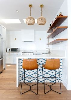 Coastal Kitchen - A Delightfully Modern Malibu Beach House / White Kitchen Ideas