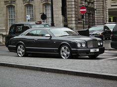 https://flic.kr/p/dCykR6   Bentley Brooklands Coupé?   2008 Bentley Brooklands Coupé  6.75 L Bentley V8 twin-turbo, 530 hp