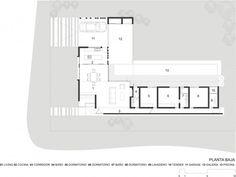 """Plano de casa en forma de """"L"""" de una planta de 210,78 metros cuadrados"""
