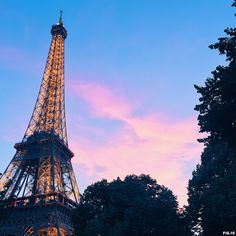 eiffel-tower-at-sunset-paris