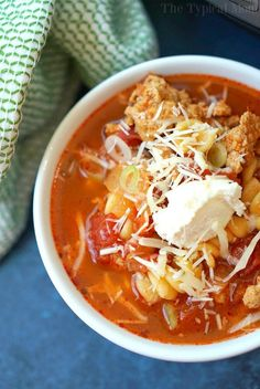 This Instant Pot lasagna soup is amazing!! You can make it in the slow cooker or pressure cooker too but this is done in just 8 minutes, and healthy too!