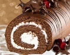 Buche de Noel - a French tradition. Our as I like to call it , a chocolate log.my dessert when everyone else in my family ate Christmas cake or plum pudding Christmas Chocolate, Christmas Sweets, Christmas Baking, French Christmas, Xmas, Christmas Log Cake, Southern Christmas, Elegant Christmas, Köstliche Desserts