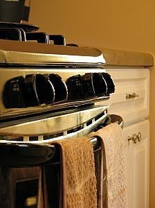 How to clean stainless steel appliances with vinegar and baby oil. This works!