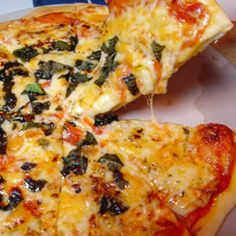Homemade New York Pizza -- www.newyorkstyle.com/ #fingerfoods #quickbites #pizza