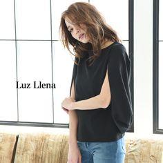 【ファッション通販SHOPLIST(ショップリスト)】[ポンチ素材]ケープ風ノースリーブトップス/カバースリーブ/スリット/ボートネック/マント/プルオーバー/春夏レディース/philterオフィス|Luz Llena(ラズレナ)の商品詳細ページです。商品説明、画像、レビューも充実。ぜひ楽しいお買いものにお役立てください!- ファッション通販%SITE